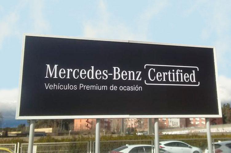 valla-publicitaria-de-mercedes+benz-certified